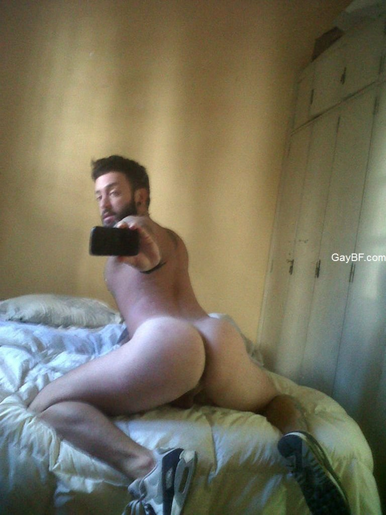 this straight guy show me his cock man selfie naked hot ass and cock sending selfies