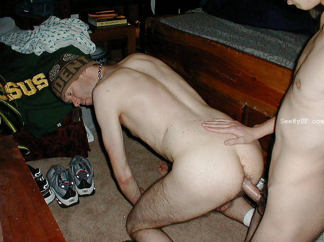 Free Amateur Gay Bareback Porn Video