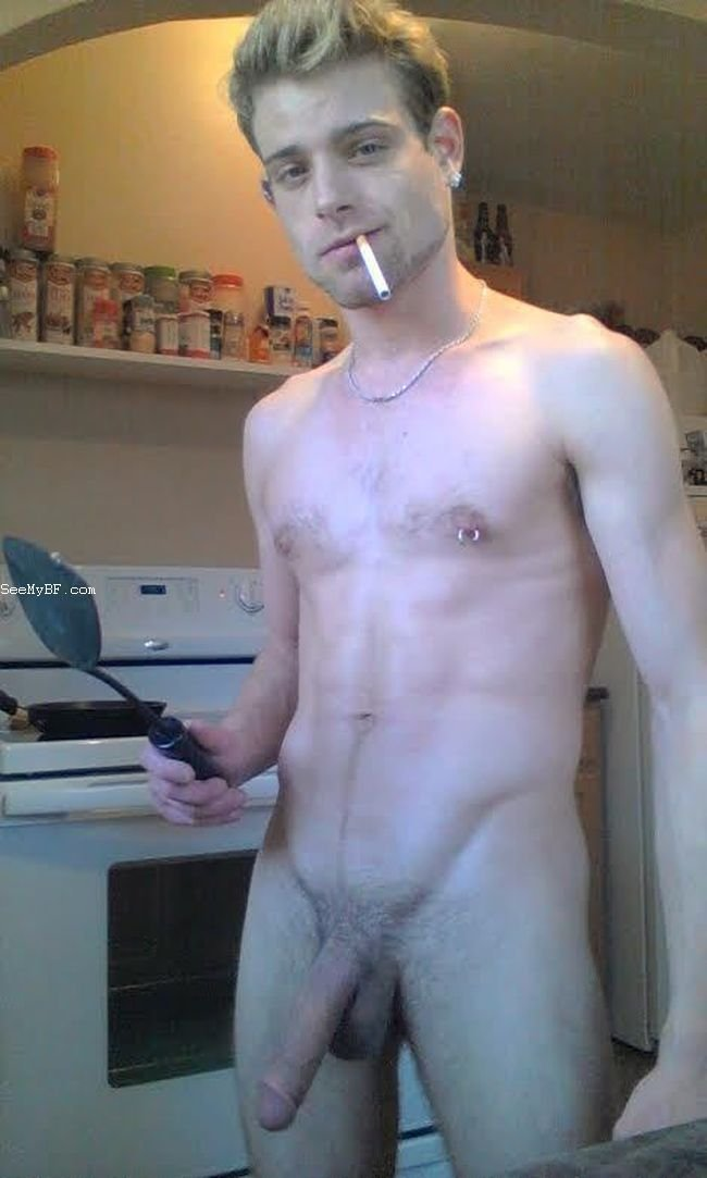 Hot Nude Guys Self Pics from Instagram, Tumblr, Snapchat, Kik, Twitter, Skype and Facebook.