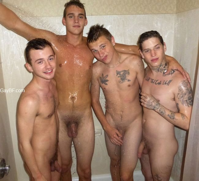 Naked hetero men